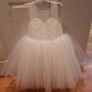 Other - Girls size 6 ivory tulle flower girls dress